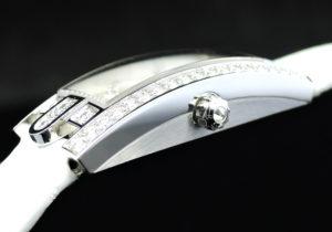 アヴェニューC ミニ アールデコ AVCQHM16WW045 ダイヤベゼル WG 女性用 クォーツ  【委託時計】