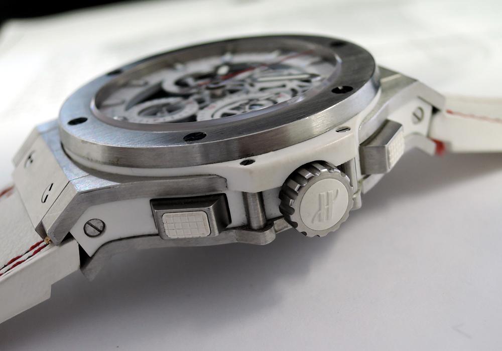 HUBLOT アエロバン オールホワイト 311.SE.2113.VR.JDR14 スケルトン レザー×ラバー 44mm メンズ腕時計 【委託時計】