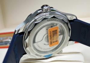 OMEGA シーマスター 210.32.42.20.03.001 ダイバー300m コーアクシャル マスター クロノメーター 青文字盤 未使用 【委託時計】