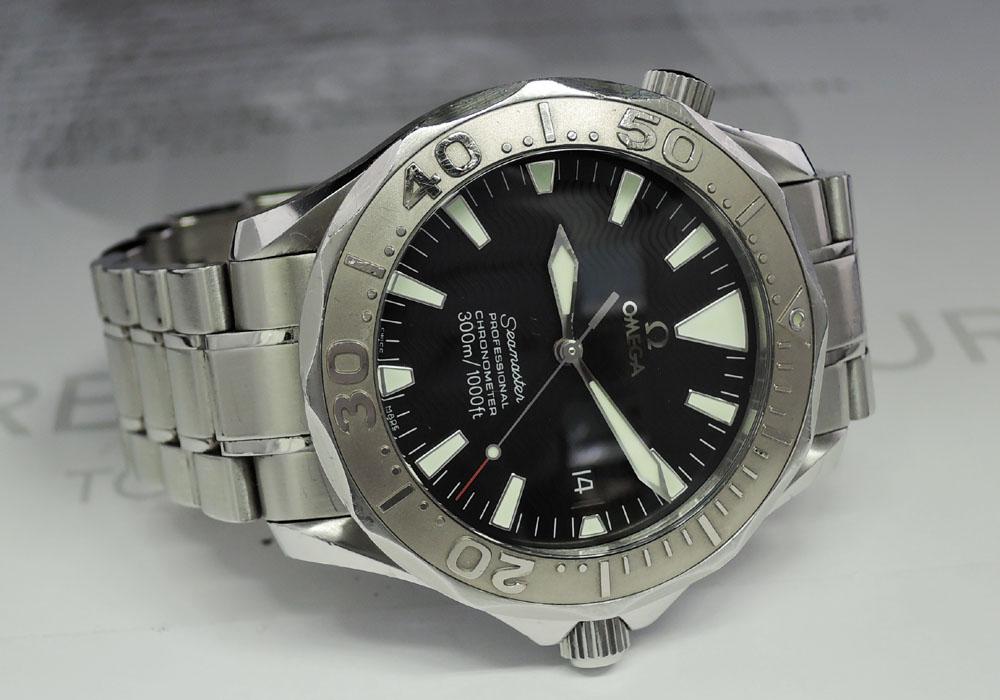 OMEGA シーマスター300m 2230.50 メンズ腕時計 自動巻 SS×WG バックル不良 黒文字盤 【委託時計】