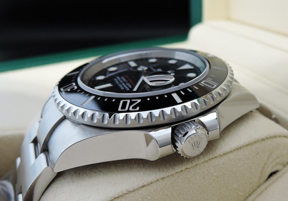 ロレックス  ROLEX シードゥエラー 126600 クラウン有り メンズ腕時計 箱、保証書有 2019年 IT7676